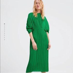 Zara Green Pleated Dress - Medium